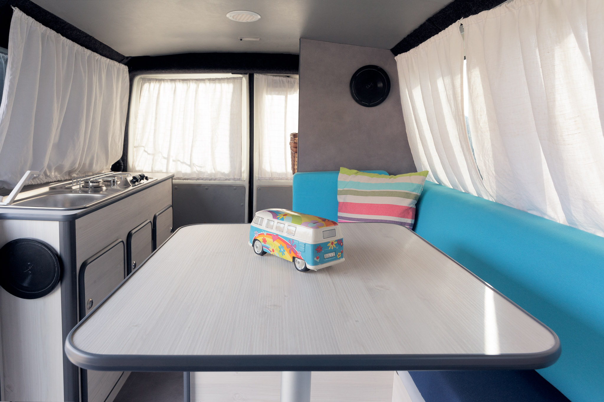 Amenagement salle de bain camping car perfect campingcar for Amenagement salle de bain camping car