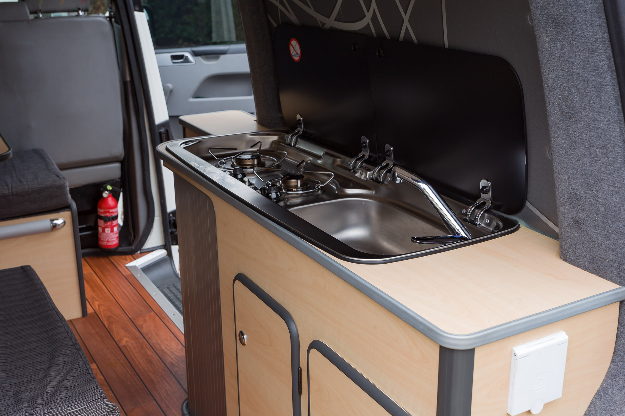 Amenagement interieur placard camping car 20170916164947 - Camion amenage pour cuisine ...
